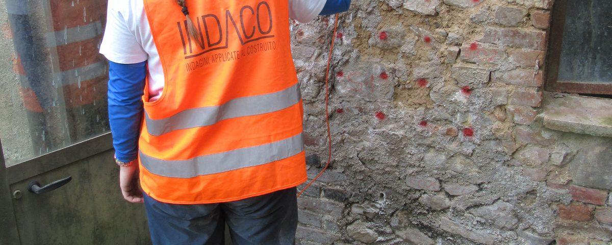 Prova sonica eseguita sulla muratura di una cantina - Sarnano