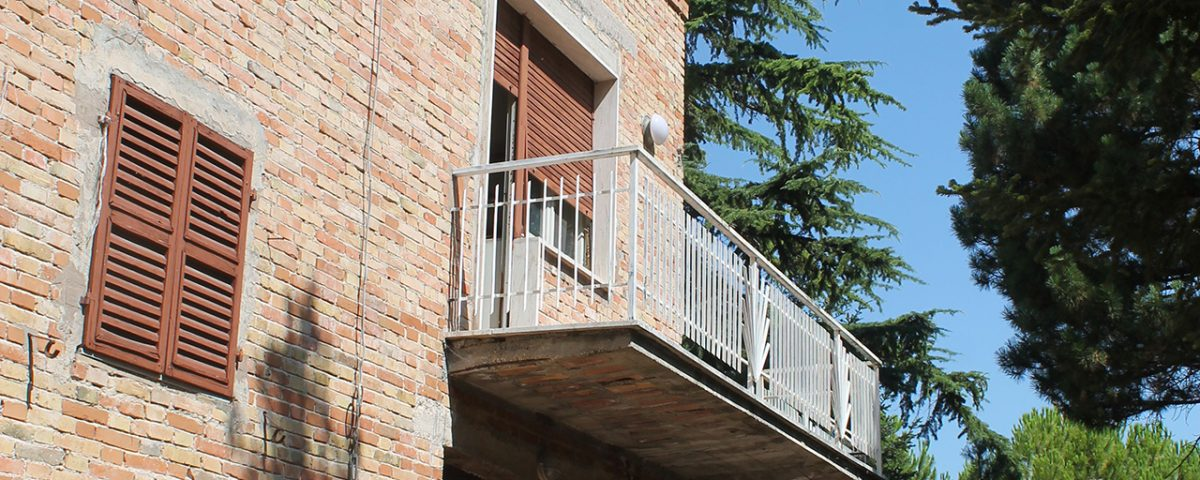 Edificio oggetto di indagini diagnostiche - Caldarola (MC)