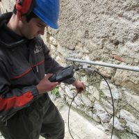Prova con endoscopio in muratura - Fontecchio (AQ)