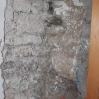 Saggio visvio per determinare il grado di ammorsamento della muratura - Forca Canapine, Norcia (PG)